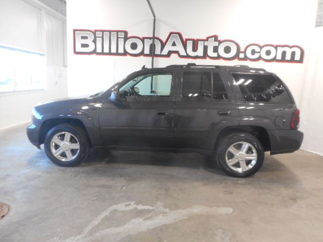 2007 Chevrolet TrailBlazer LT available in Sioux Falls and Des Moines