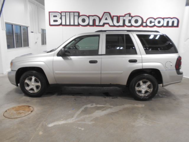 2006 Chevrolet TrailBlazer LS available in Sioux Falls and Sioux City